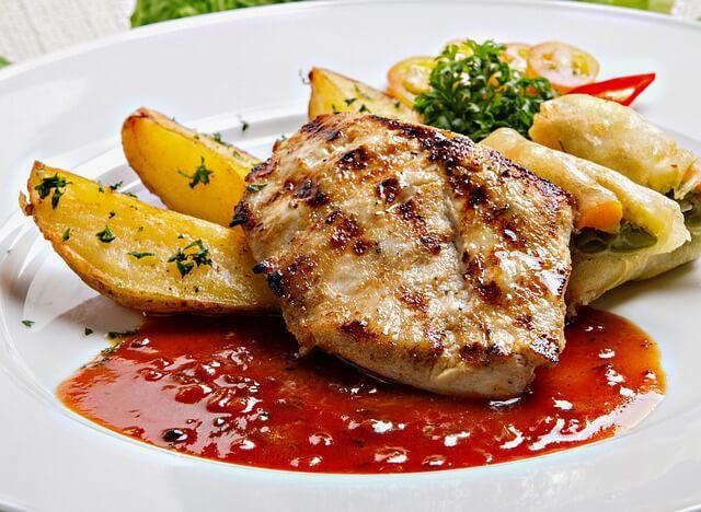 鶏むね肉のステーキ
