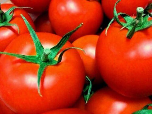 完熟したトマト