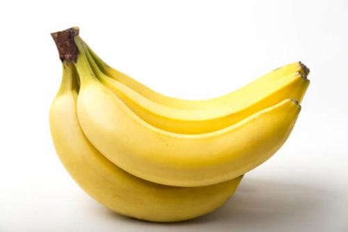 ふさがついているバナナ