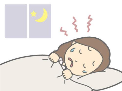 寝ている最中に歯ぎしりをしている女性