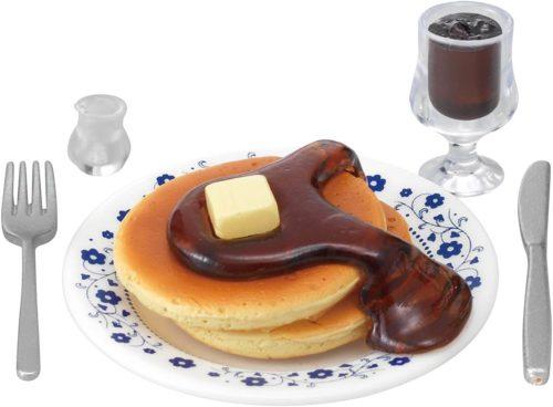 「街角のレトロ喫茶店」のホットケーキのフィギュア