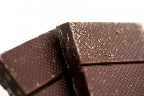 板チョコレートが2つある